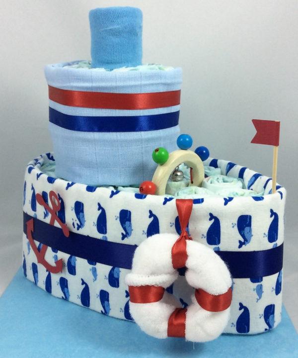 Abgefahrenes Windel-Schiff, eines der tollen Geschenke zur Geburt oder Taufe fürs Baby