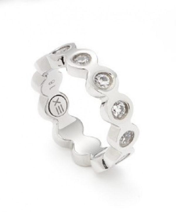 Ring mit Zirkonia-Steinen von ENERGETIX