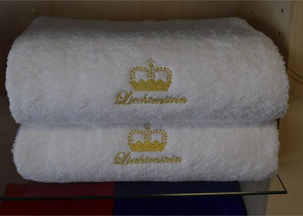 Geschenkset : Frotteewäsche bestickt Liechtenstein