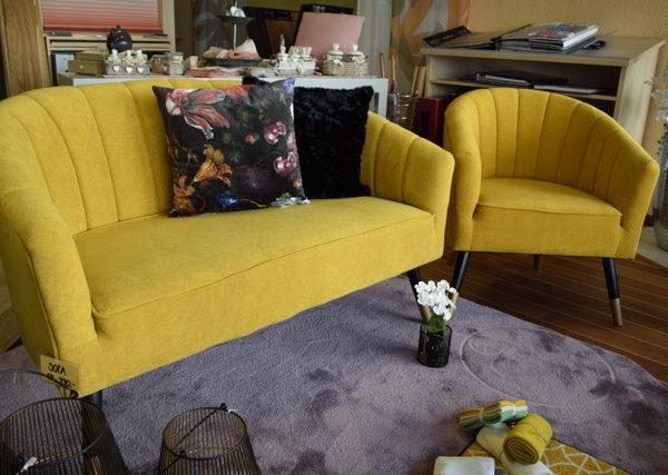 2 er Sofa und Fauteuil in Farbe Senf